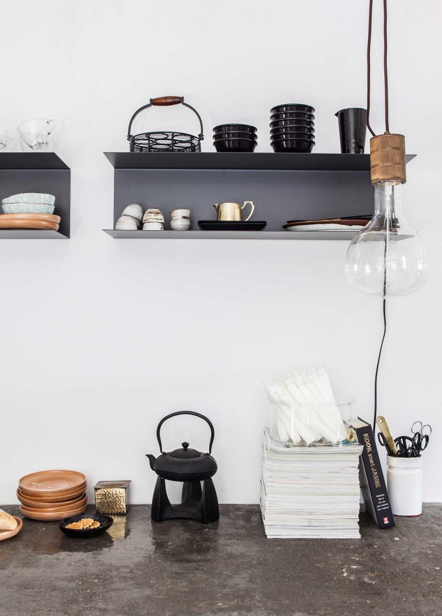 5-wandplank-zwart-keuken